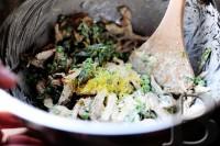 Салат из лимона, базилика и курицы. Шаг 12
