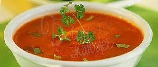 Суп помидорный со сметаной