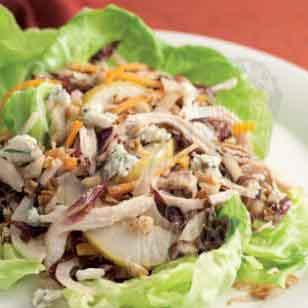 Куриный салат с фенхелем и сыром