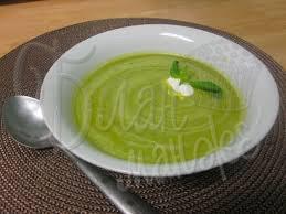 Зеленый суп-пюре с сыром
