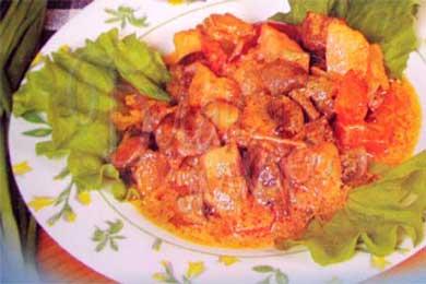 Говядина варенная с овощами
